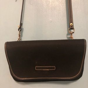dooney and bourke crossbody handbag